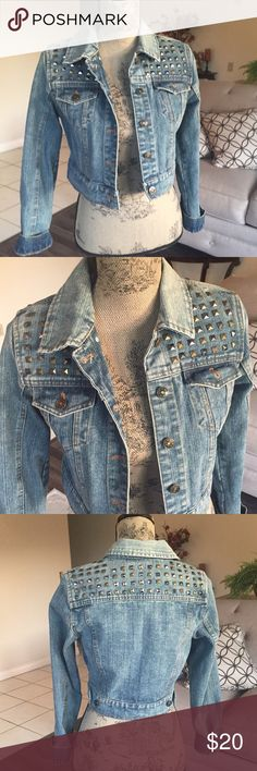 "Jean Jacket Beautiful cropped Jean Jacket on excellent condition. No stains or tears. Fabric is thick and heavy . Size Large. Chest is 34"" length 17"" and sleeves are 23"" Toska Jackets & Coats Jean Jackets"