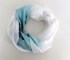 Pañuelos teñidos a mano! #moda #belleza