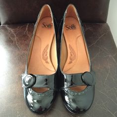 Sofft Black Patent Pumps - Size 9 Sofft black patent pumps. Size 9. Worn once - minimal wear. Sofft Shoes Heels