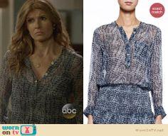 Rayna's blue printed blouse on Nashville. Outfit Details: http://wornontv.net/27133 #Nashville #fashion
