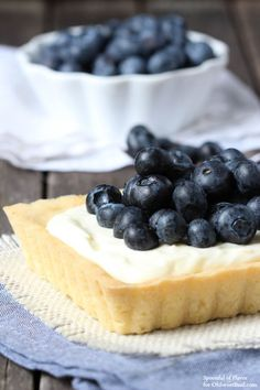 Blueberry Mascarpone Tart  - Fresh blueberries and mascarpone filling sits on top of a lemon cookie crust! The perfect dessert! by @spoonfulflavor