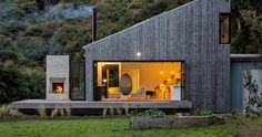 david maurice of LTD architectural has completed 'back country house', a property in new zealand that establishes a close connection with its surroundings.