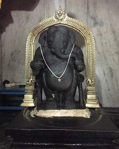 800 year old Idagunji Temple, Idagunji Ganpati 🙏🏻🙏🏻 Ganesha Painting, Ganesha Art, Lord Ganesha, Lord Shiva, Ganesha Pictures, Ganesh Images, Happy Ganesh Chaturthi Images, Peacock Pictures, Sri Ganesh