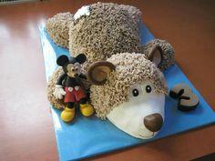 Bear & Mickey mouse ,cake