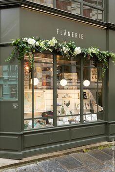 Flower Shop Decor, Flower Shop Design, Florist Shop Interior, Boutique Interior, Boutique Store Front, Boutique Deco, Showroom Design, Shop Interior Design, Flower Shop Interiors