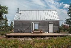 LEVA Husfabrik cabin wood facade grey architecture www.levahusfabrik.se