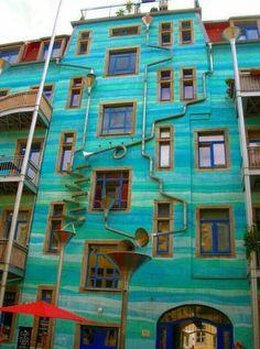 Edificio en Alemania que cuando llueve produce música.