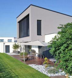 Eine Farbliche Stimmige Fassade In Grau Mehr Dazu Www Kolorat De