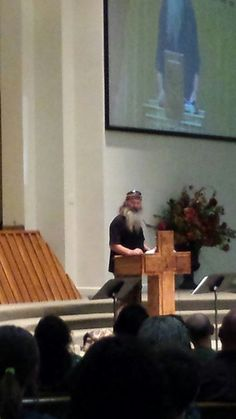Watch: 'Duck Dynasty' Star Cracks Joke About Atheists During a Special Church Service on Sunday (and We Have Exclusive Pics) | TheBlaze.com