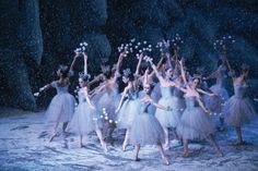 The Nutcracker Act 1 Waltz of The Snowflakes