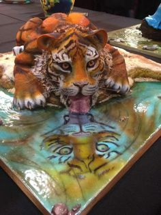 I love tigers! This cake is awesome! Crazy Cakes, Gorgeous Cakes, Amazing Cakes, Ugly Cakes, Cake Albums, Tiger Cake, Unique Birthday Cakes, Fantasy Cake, Cool Cake Designs