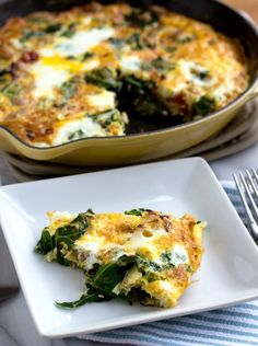 This frittata is packed with veggies and a healthy dose of ground turkey! Turkey, Kale, Onion, & Sundried Tomato Frittata is a real win for breakfast! Easy Frittata Recipe, Frittata Recipes, Breakfast Time, Breakfast Recipes, Clean Eating, Healthy Eating, Healthy Food, A Food, Healthy Recipes