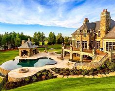 15 Luxury Homes with pool, millionaire lifestyle living in dream homes. Rich billionaire's dream Luxury Homes with Pool – Millionaire Lifestyle – Dream Home - Beautiful country side mansion Stone Mansion, Dream Mansion, Dream Home Design, My Dream Home, House Design, Dream Barn, Modern Mansion, Dream House Exterior, Mansions Homes