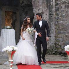 Turkish Beauty, Turkish Actors, Best Couple, Best Tv, My Images, Actors & Actresses, Satin, Couple Photos, Couples
