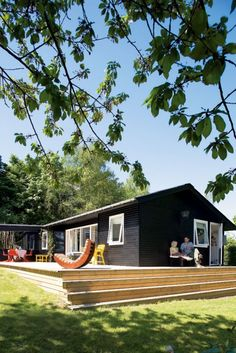 Muebles de diseño en una casita de verano