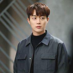 Asian Actors, Korean Actors, Yoon Doo Joon, Kpop Boy, Pretty People, Boy Groups, Beast, Highlights, Handsome