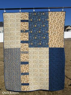 Quilt Kisses: Blue and Gold: A Finished Quilt Big Block Quilts, Strip Quilts, Easy Quilts, Small Quilts, Quilt Blocks, Jellyroll Quilts, Quilting Projects, Quilting Designs, Quilting Tips