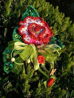 Brošňa - Red rose- SKLADOM by BosaBeta - SAShE.sk - Handmade Odznaky/Brošne