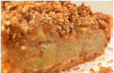This will surely become one of your favorite apple pie recipes and the crumb topping is simply delicious! Pumpkin Apple Recipe, Apple Pie Recipes, Sweet Recipes, Apple Crumb Pie, Apple Slab Pie, Apple Pies, Torta Pompadour, Tastee Recipe, Greek Desserts