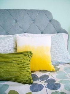 a simple bedroom makeover  / happymundane.com