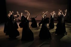 "Kuo-Hsin Chuang Aboriginal Dance Theatre. 2014 ""Worship In The Dusk"""