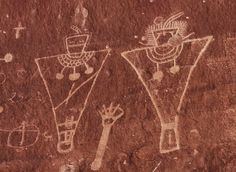 The sandstone cliffs of Sego Canyon are a spectacular outdoor art gallery of petroglyphs painted and carved by Native Americans peoples over a period of around years. Arte Tribal, Tribal Art, Ancient Aliens, Native Art, Native American Art, Paleolithic Art, Cave Drawings, Southwest Art, Tempera