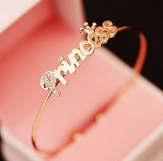 Ideal Jewels And Accessories Ideas Baby Jewelry, Cute Jewelry, Gold Jewelry, Jewelry Accessories, Jewelry Design, Gold Necklace, Fashion Rings, Fashion Jewelry, Fashion Necklace