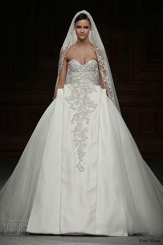 Tony Ward Spring 2015 #Couture Collection | #Wedding Inspirasi #bridal #weddings #weddingdress #weddinggown