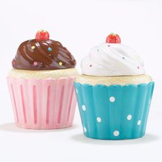 Cupcake Cookie Jars, Set of 2 from Cost Plus World Market. Saved to cup cakes. Shop more products from Cost Plus World Market on Wanelo. Cupcake Cookie Jar, Cupcake Bakery, Cookie Jars, Cupcake Kitchen Decor, Kitchen Themes, Kitchen Supplies, Bakery Kitchen, Cooking Supplies, Kitchen Dining