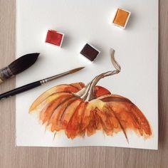 """""""Получилась грязненькая такая #тыква . Тренируемся дальше) #акварель #sketch #watercolor #pumpkin"""""""