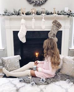 what to wear on a Christmas date or party to feel warm and Christmasy? Wonder what to wear on a Christmas date or party to feel warm and Christmasy?,Wonder what to wear on a Christmas date or party to feel warm and Christmasy?