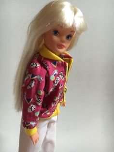 Sindy doll - city girl - #1980s #hasbro - vintage #retro - toy - toys - dolls,  View more on the LINK: http://www.zeppy.io/product/gb/2/291782576243/