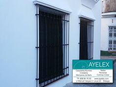 Instalación de persianas alicantinas en Madera color verde rustico. Lo tradicional y clásico siempre ha sido y será bonito. Gracias por confiar en www.ayelex.com. Centro Histórico Marbella (Málaga) 18/06/2016