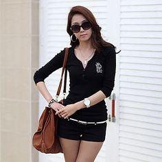 YiLuo Korean Style Large Size V Neck Long Sleeve Shirt (Black) – CAD $ 9.52