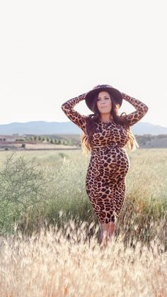Get Wild for Maternity Leopard Print Styles - Sexy Mama Maternity Fall Maternity Outfits, Maternity Gowns, Maternity Fashion, Fall Outfits, Cute Outfits, Pregnancy Wardrobe, Maternity Wardrobe, Pregnancy Months, Leopard Skirt