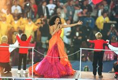 Diana Ross - Super Bowl XXX (1996). Theme: Take Me Higher: A Celebration of 30 Years of the Super Bowl
