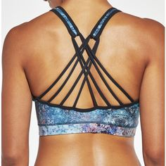 fd40d18ccf CALIA by Carrie Underwood Women s Inner Power Strappy Low Neck Printed Sports  Bra