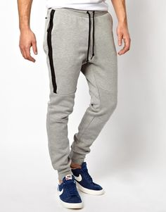 Buy Nike Fleece Sweatpants at ASOS. Get the latest trends with ASOS now. Mens Jogger Pants, Mens Sweatpants, Sweat Pants, Nike Tech Fleece, Joggers Outfit, Sport Fashion, Nike Men, Men Casual, Casual Pants