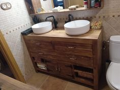 Muebles con palets para el baño – I Love Palets Double Vanity, Love, Bathroom, Ideas, Vanity Tops, Bathroom Furniture, Drawers, Small Cabinet, Big Mirrors