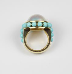 Gold, pearl and turquoise ring.