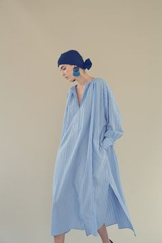 Gorgeously over sized floaty shirt dress style shift in a soft blue fabric. Daily Fashion, Love Fashion, Womens Fashion, Fashion Design, Fashion Trends, Latest Fashion, Casual Dresses, Fashion Dresses, Minimal Fashion