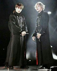 Jungkook and V Kim Namjoon, Kim Taehyung, Seokjin, Hoseok, Taekook, Bts Bangtan Boy, Bts Jungkook, Comeback Stage, Vkook Memes