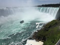 Retirestyle Travel: Niagara Falls, Ontario, Canada - Travel Tips and Things To Do Safari Niagara, Travel Guides, Travel Tips, Adventure Golf, Niagara Falls Ontario, Ontario Travel, Niagara Region, Haunted Attractions, Great Wolf Lodge