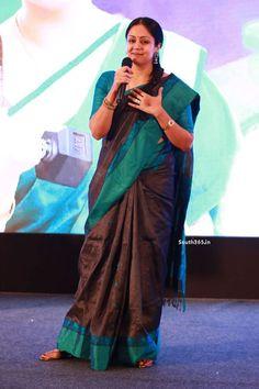 Tamil Actress Jyothika in Saree At 36 Vayadhinile Music Launch (3)