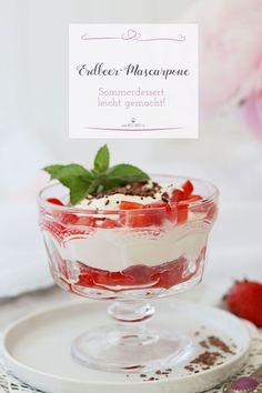 A very delicious summer dessert is this mascarpone cream with strawberries. Dessert Recipes For Kids, Desserts For A Crowd, Fancy Desserts, Food For A Crowd, Homemade Pastries, Homemade Cakes, Dessert Presentation, Pie Dessert, World Recipes