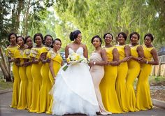 Stunning bride with her bridesmaids #Allslay #allyellow  Photo credit @bedge_extra  @latermedia  #gidiweddings #weddingswelove  #theOkaywedding #yellow #gown #bridesmaids