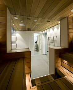 Swimming pool, shower room and sauna divided by glass doors - contemporary - bathroom - other metro - Decom interiors Spa Interior, Baths Interior, Saunas, Steam Room Shower, Piscina Spa, Pool Shower, Sauna Shower, Portable Sauna, Small Toilet Room