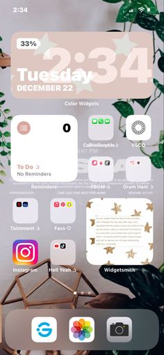 Iphone Home Screen Layout, Iphone App Layout, Organize Phone Apps, Iphone Tricks, Iphone Wallpaper App, Android, Ideas Para Organizar, Phone Organization, White Wallpaper