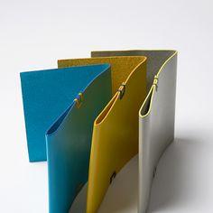【楽天市場】ミツオリ   Mitsuori:KONCENT (デザインshop) Mini Store, Slim Wallet, Book Projects, Leather Design, Bookbinding, Leather Accessories, Leather Working, Leather Craft, Notebooks