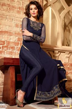 Offering wide range of Salwar Kameez Online Shopping with finest quality fabrics and stitching. Shop from our latest collection of online salwar suits, Buy Ethnic suit Online, The best online salwar kameez shopping store in India with safe shopping e Pakistani Casual Wear, Pakistani Dresses, Indian Dresses, Indian Outfits, Indian Clothes, Ladies Salwar Kameez, Salwar Suits, Salwar Kameez Online Shopping, Western Wear For Women